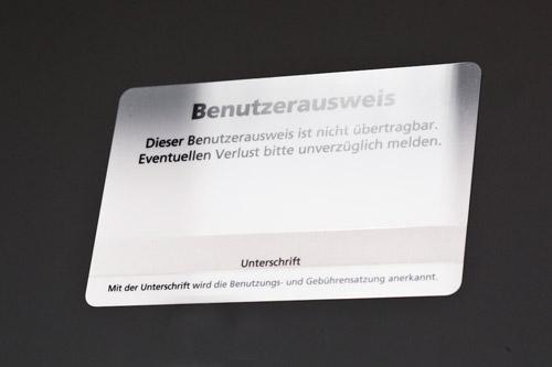 Plastikkarten mit Unterschriftenfeld